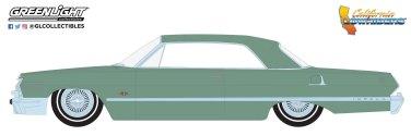GreenLight-Collectibles-California-Lowriders-Series-1-1963-Chevrolet-Impala-Lowrider-Custom-Light-Green