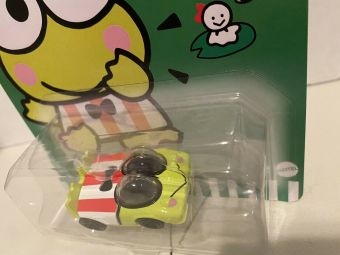 Hot-Wheels-2021-Sanrio-Series-Keroppi-001
