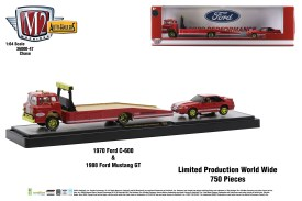 M2-Machines-Auto-Haulers-release-47-1970-Ford-C600-Truck-1988-Ford-Mustang-GT-Chase