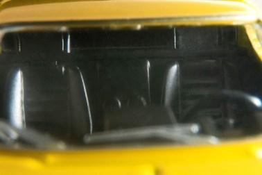 Tomica-Limited-Vintage-Neo-Lamborghini-Miura-SV-Jaune-008