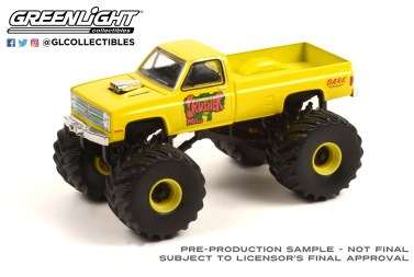 GreenLight-Collectibles-Kings-of-Crunch-Series-10-Mad-Crusher-1987-Chevy-Silverado-Monster-Truck