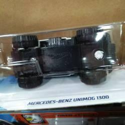 Hot-Wheels-Mainline-2021-Mercedes-Benz-Unimog-1300-006