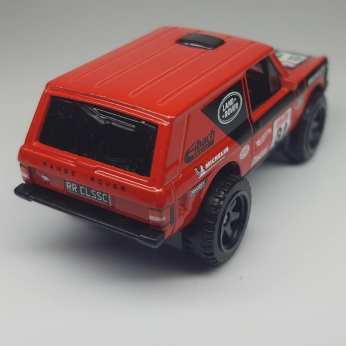 Hot-Wheels-Mainline-2021-Range-Rover-Classic-003