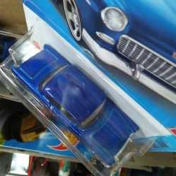 Hot-Wheels-Mainline-2022-55-Chevy-005