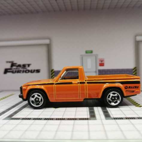 Hot-Wheels-Mainline-2022-Mazda-Repu-002