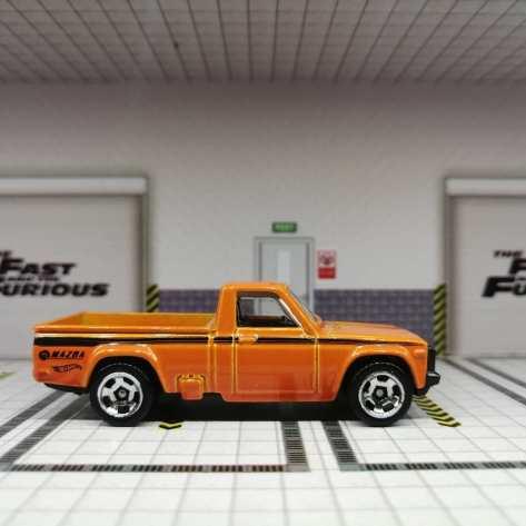 Hot-Wheels-Mainline-2022-Mazda-Repu-003