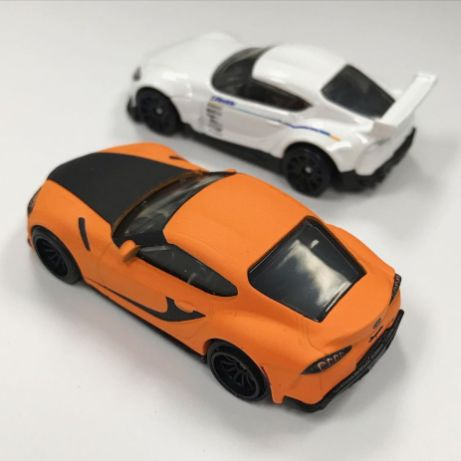 Hot-Wheels-Toyota-GR-Supra-Vs-Pandem-Toyota-GR-Supra-002