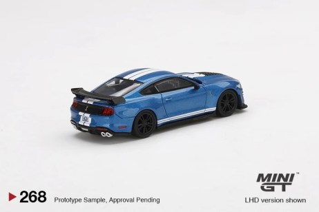 Mini-GT-Ford-Mustang-Shelby-GT500-002