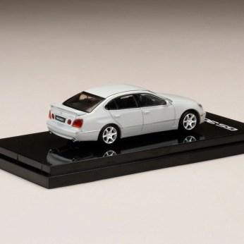 Hobby-Japan-Minicar-Project-Lexus-GS300-white-2