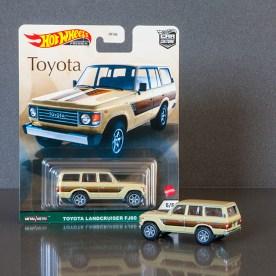 Hot-Wheels-Car-Culture-Toyota-Toyota-Landcruiser-FJ60-011