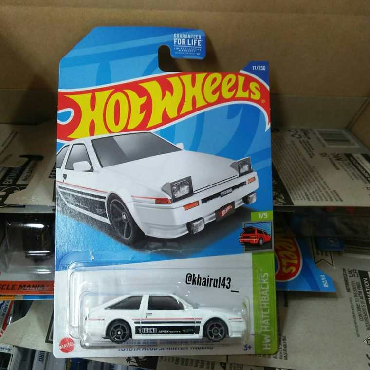 Hot-Wheels-Mainline-2022-Toyota-AE86-Sprinter-Trueno-001