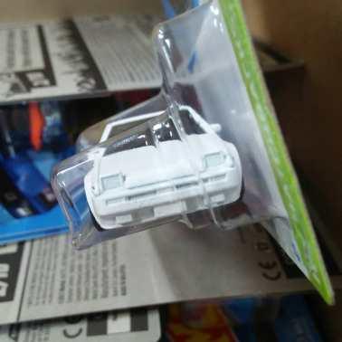 Hot-Wheels-Mainline-2022-Toyota-AE86-Sprinter-Trueno-003