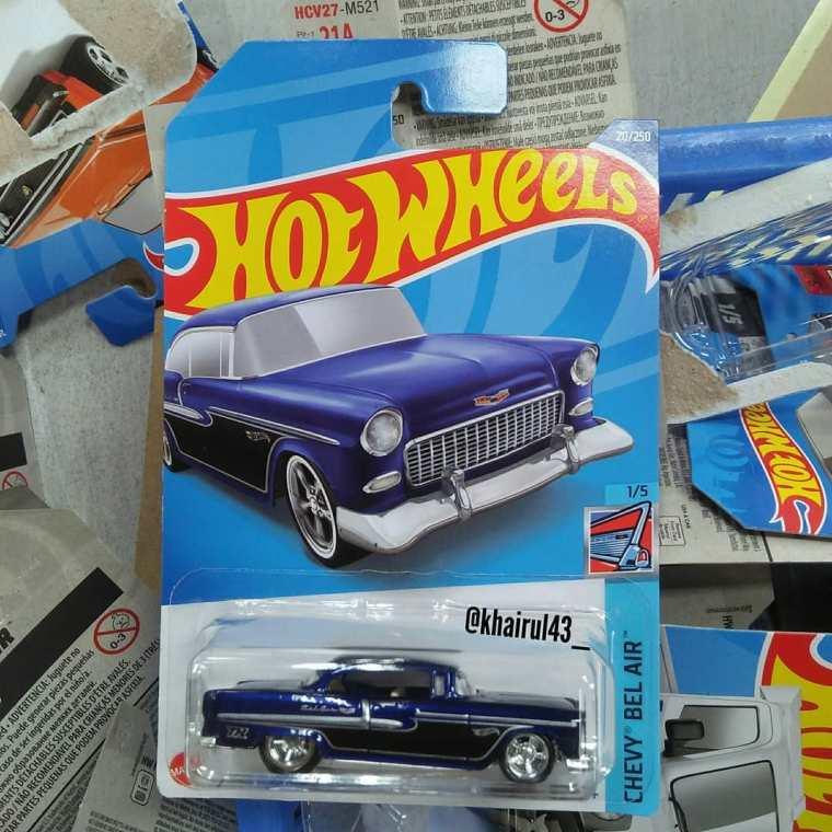 Hot-Wheels-Mainline-Super-Treasure-Hunt-2022-55-Chevy-001