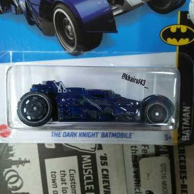 Hot-Wheels-Mainline-Treasure-Hunt-2022-The-Dark-Knight-Batmobile-002
