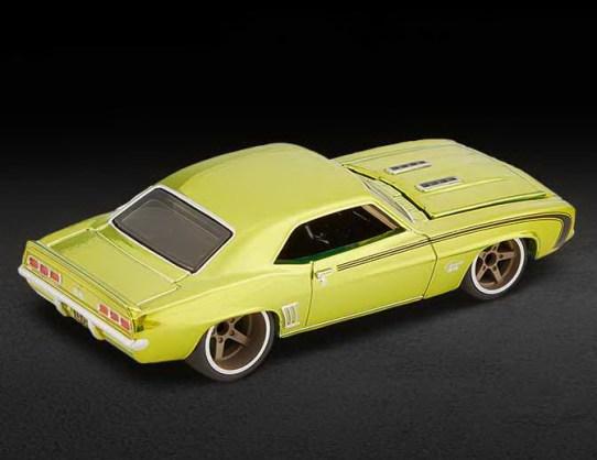 Hot-Wheels-Red-Line-Club-2021-69-Chevrolet-Camaro-SS-003
