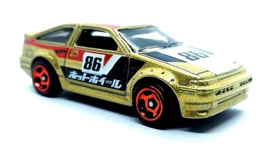 Hot-Wheels-Toyota-Corolla-AE-86-001