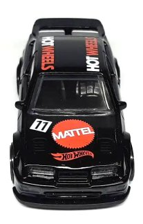 Hot-Wheels-mainline-2022-87-Ford-Sierra-Cosworth-004