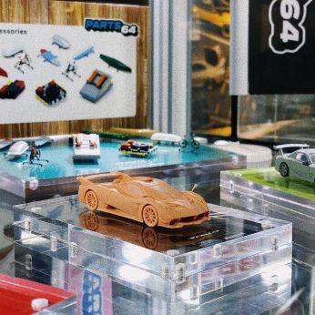 Tarmac-Works-Hong-Kong-Toycar-Salon-Pagani-Huayra-R