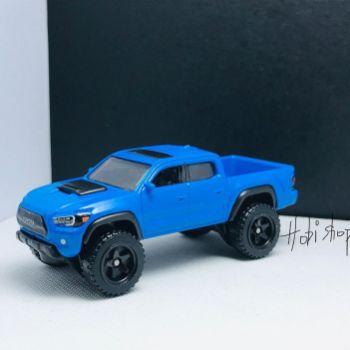 Hot-Wheels-2022-2020-Toyota-Tacoma-001
