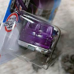 Hot-Wheels-Mainline-2022-Dodge-Van-004