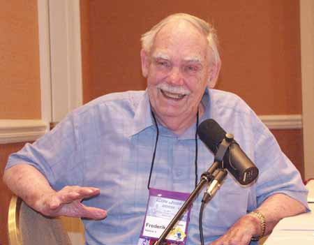 Frederik Pohl (http://www.hour25online.com)