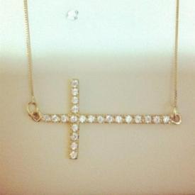 Cordão com Pingente Crucifixo Ouro 18k