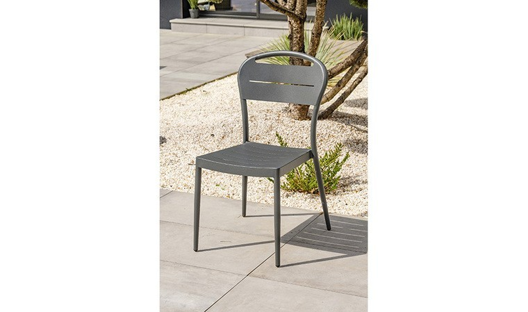 chaise de jardin empilable anthracite madelia