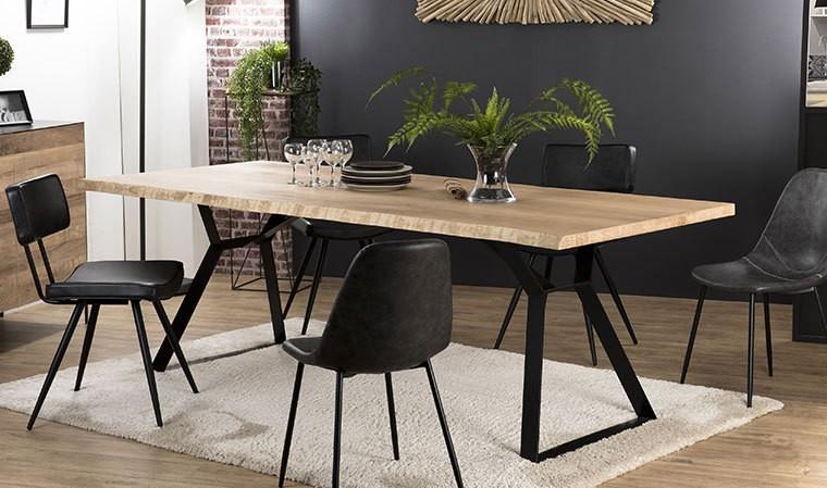 table rustique chene et acier 230 x 110 cm eastwood