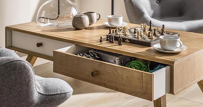 table basse design scandinave avec