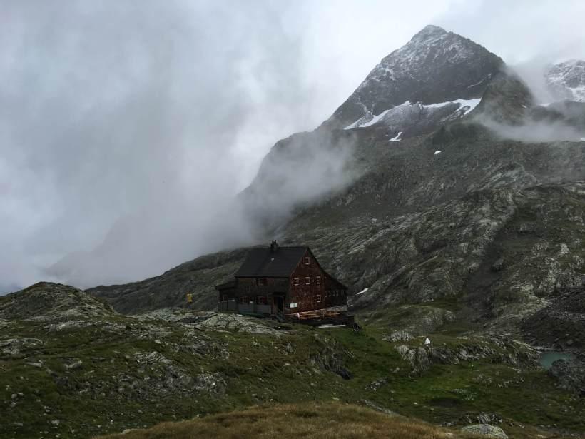 Adolf-Nossberger-Hütte mit Petzeck