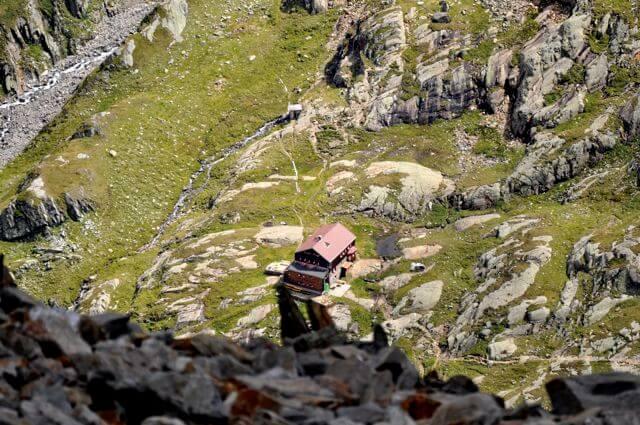 Roter Knopf Elberfelder Hütte