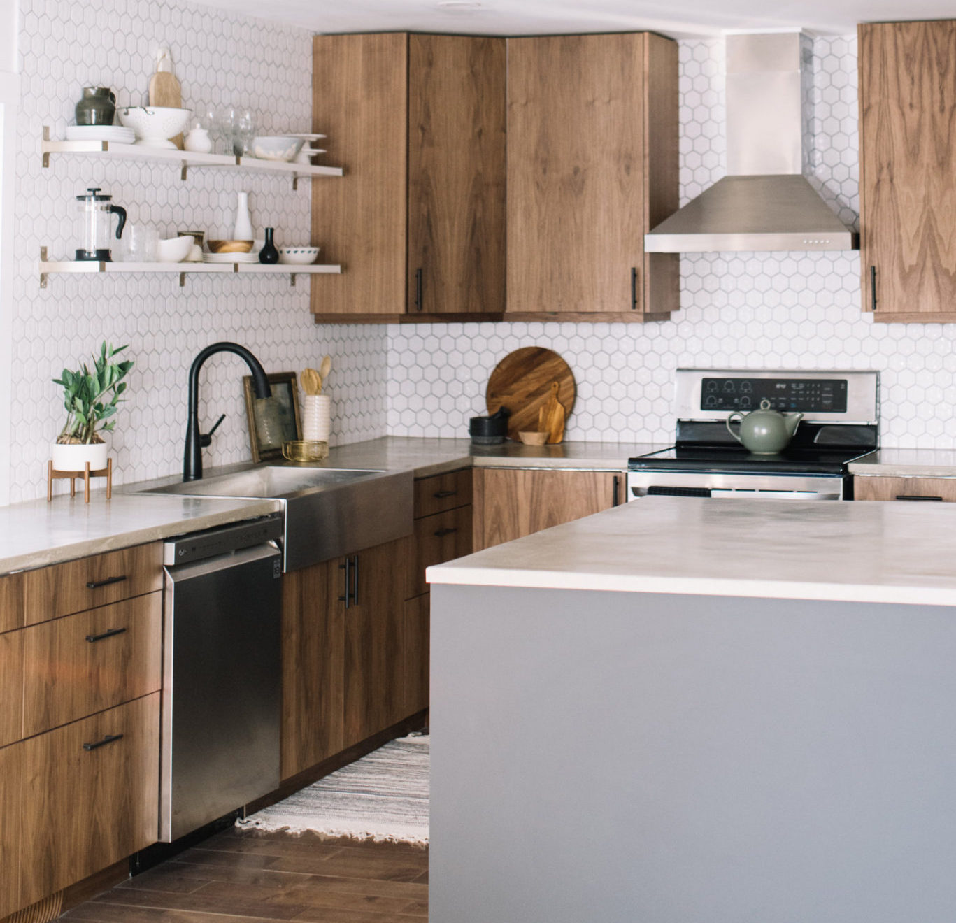 7 Amazing Backsplash Ideas That Are Not Subway Tiles House By The Bay Design