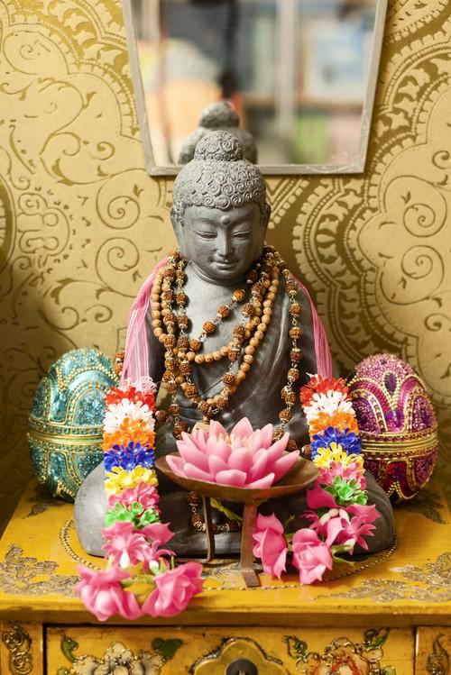FOTO 21 buddha e collane