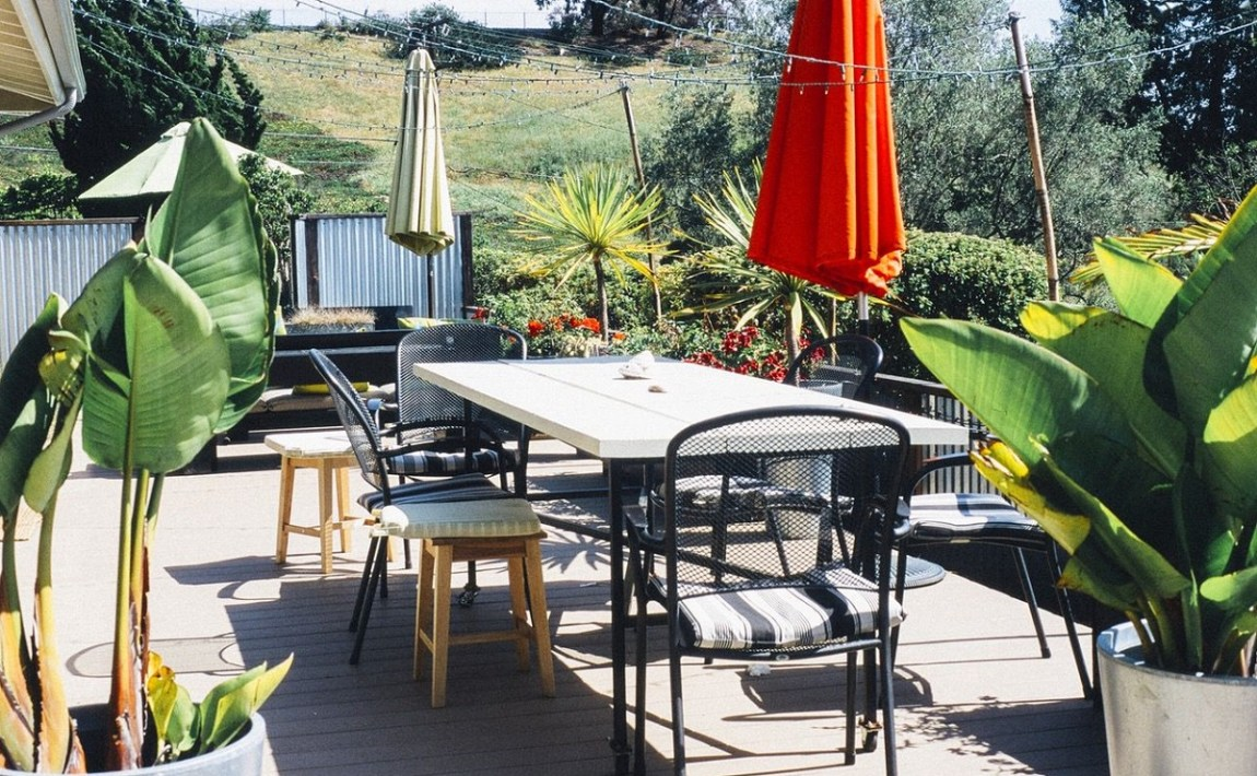 Divanetto Per Balcone Piccolo idee per decorare il terrazzo in estate e primavera