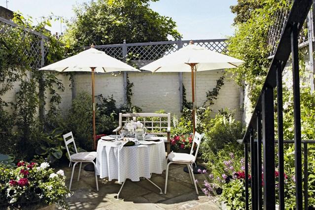 Estate in citt giardini e terrazzi - Terrazzi arredati e fioriti ...