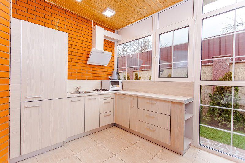 Ristrutturare casa: la cucina angolare per risparmiare spazio