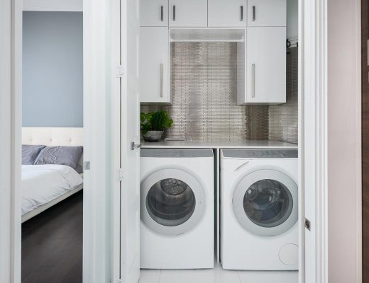 sgabuzzino trasformato in lavanderia