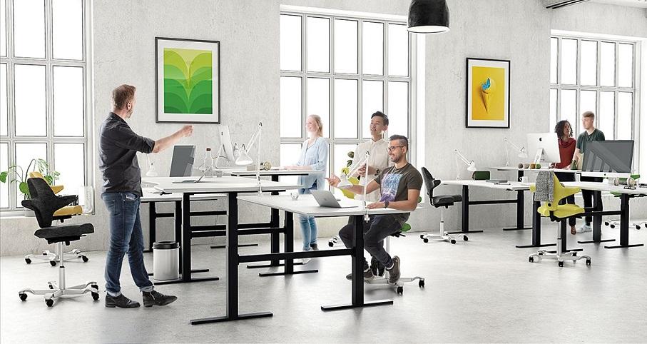 ufficio con sit-stand LINAK