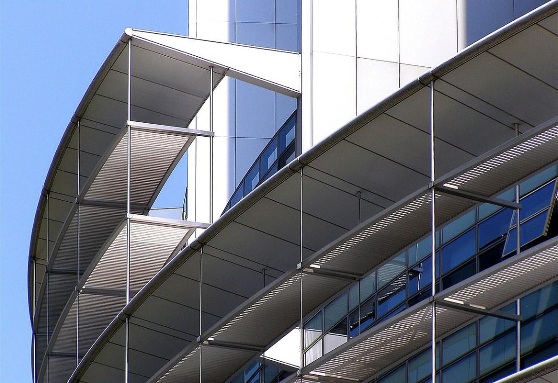 vantaggi alluminio arredamento casa