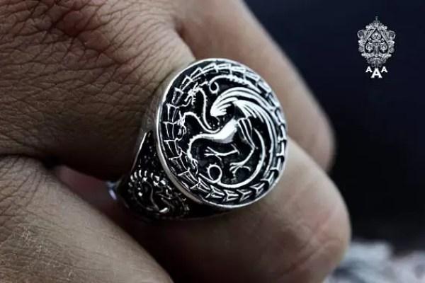 Tararyen Signet Ring