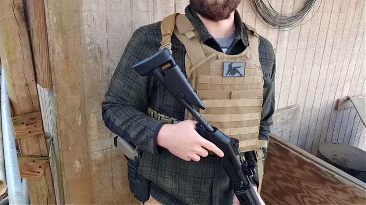 Viktos Gunfighter flannel under plate carrier, Benelli M4.