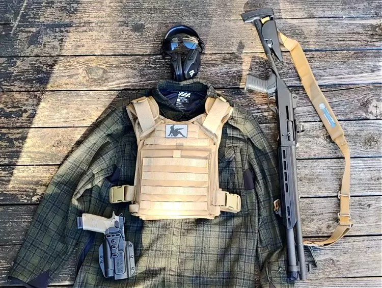 Viktos Gunfighter flannel with tactical gear.