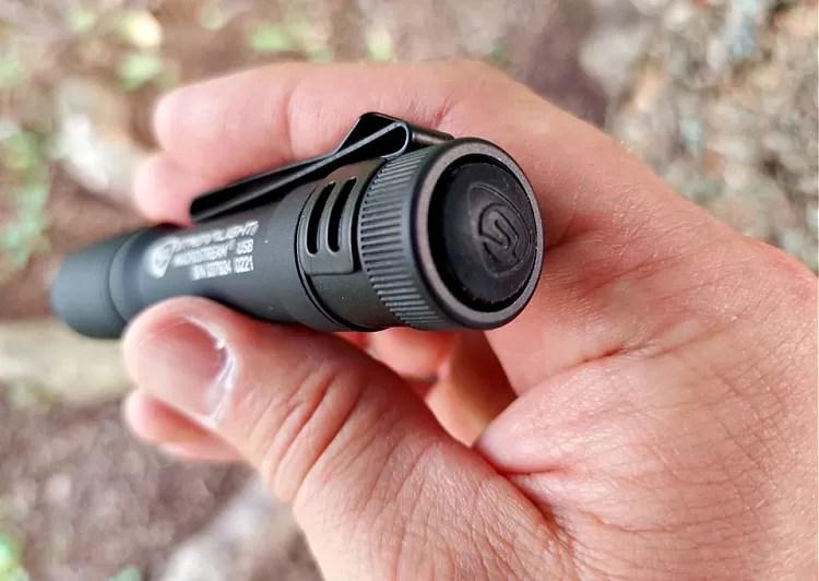 Tailcap of the Streamlight Macrostream, a compact EDC flashlight