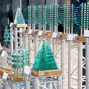 rolls-royce-presentation-awards-display-glass-steel-acrylic-sculptures