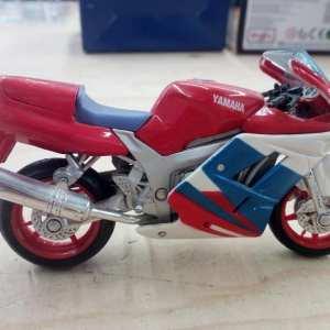 MODELLINO MOTO YAMAHA FZR 750