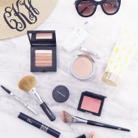 HOW TO ACHIEVE THE PERFECT SUMMER GLOW