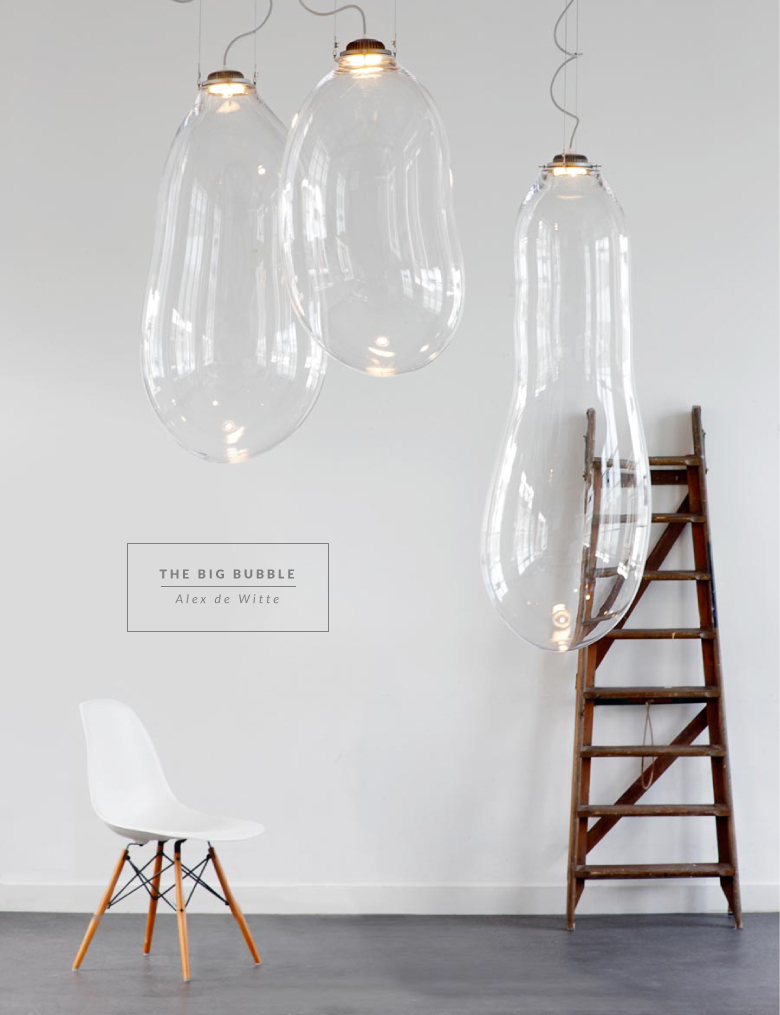 Big bubble light by Alex de Witte