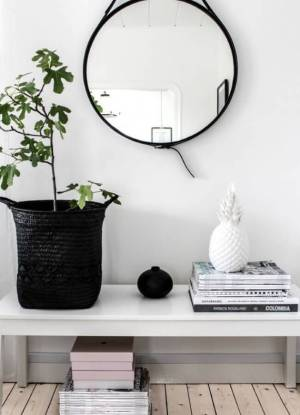 round hanging mirror with strap