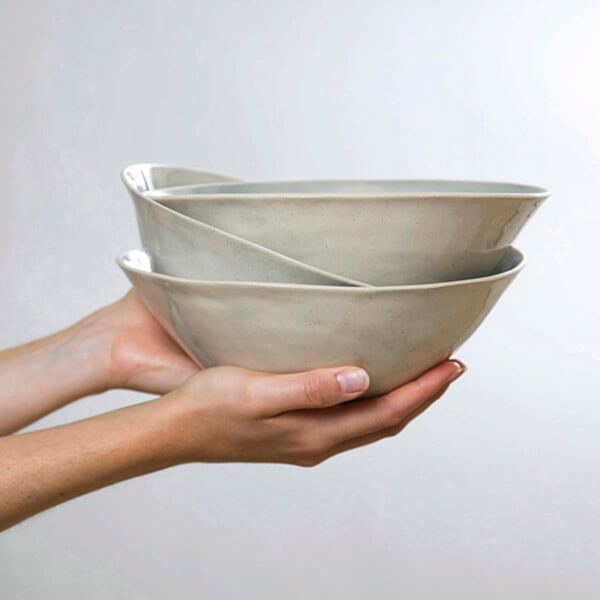 Organic shaped tableware by Wonki Ware