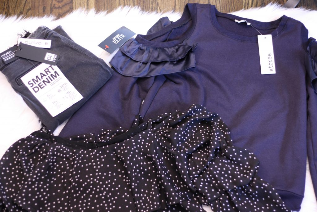DAILYLOOK BOX REVIEW: SPRING FASHION featured by top New Jersey fashion blog, House of Leo: image of the Dailylook goodies received in the latest box